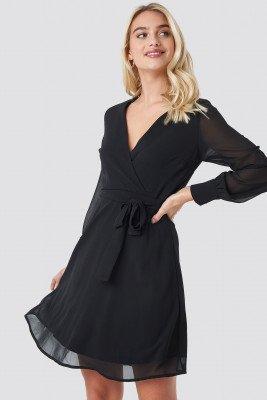Sisters Point Sisters Point Gerdo Dress - Black