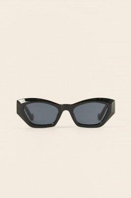 NA-KD Accessories NA-KD Accessories Ronde Cat-Eye Zonnebril - Black