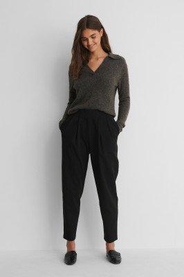 NA-KD Trend NA-KD Trend Pantalon Met Diepe Plooien - Black
