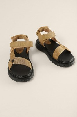 NA-KD Shoes NA-KD Shoes Gemaakt Uit Klittenband Sandalen - Beige