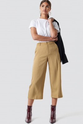 NA-KD Wide Cropped Trousers - Beige