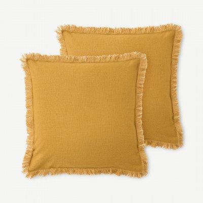 MADE.COM Sheedy set van 2 kussens met franje, 45 x 45 cm, lichtbruin en plamuurroze