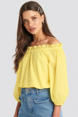 Julia Wieniawa x NA-KD Off Shoulder Puffy Sleeve Cropped Top - Yellow