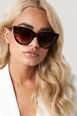NA-KD Accessories NA-KD Accessories Chunky Pointy Cat Eye Sunglasses - Brown