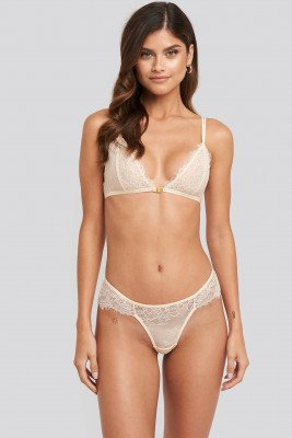 NA-KD Lingerie High Cut Lace Panty - White