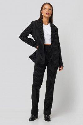 Nicci Hernestig x NA-KD Nicci Hernestig x NA-KD Pinstriped Suit Pants - Black