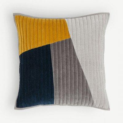 MADE.COM Giacomo kussen met patchwork en fluweel, 50x50cm, donkerblauw & Tan