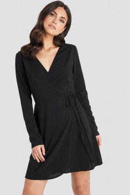 NA-KD NA-KD Overlap Dress - Black
