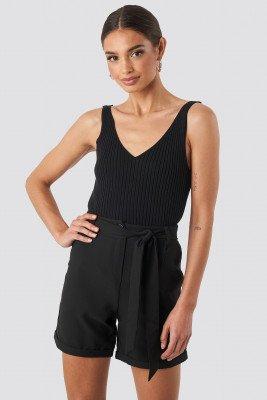 Trendyol Waistband Belted Shorts - Black