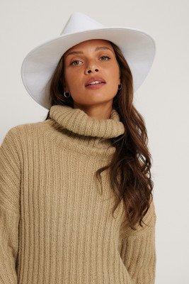 The Fashion Fraction x NA-KD Basic Fedorahoed - White