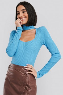 NA-KD Trend Cut Out Turtle Neck Bodysuit - Blue