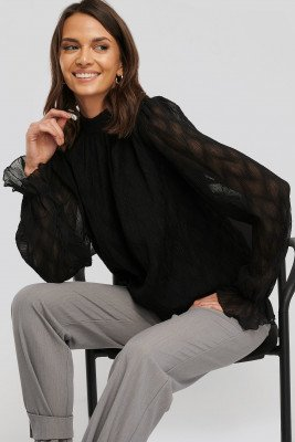 NA-KD Party NA-KD Party Structured Marked Shoulder Blouse - Black