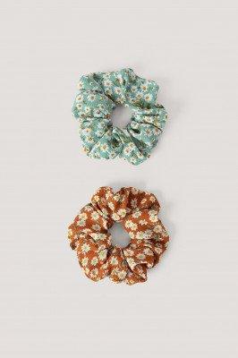 NA-KD Accessories 2-Pack Scruchies Met Bloesemprint - Multicolor