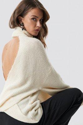 Hannalicious x NA-KD Hannalicious x NA-KD Open Back Overlap Sweater - White