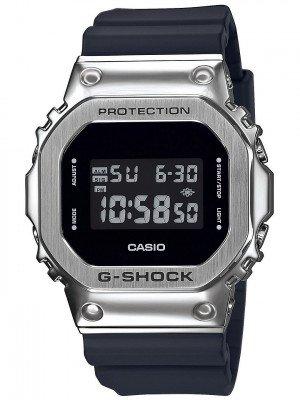 G-SHOCK GM-5600-1ER grijs