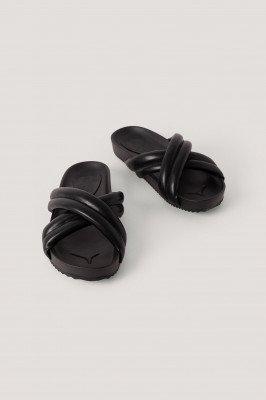 NA-KD Shoes Dikke Gekruiste Slippers - Black