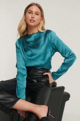 NA-KD Party NA-KD Party Satijnen Blouse Met Vouwen - Turquoise