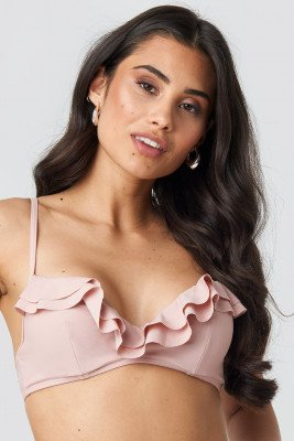 Hanna Weig x NA-KD Ruffled Cup Bikini Top - Pink