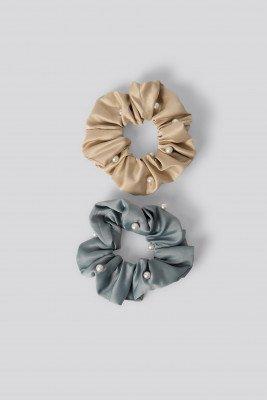 NA-KD Accessories 2-Pack Scrunchies Met Pareldetails - Blue,Nude
