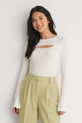 NA-KD NA-KD Cut-Out Top Met Lange Mouwen - Offwhite