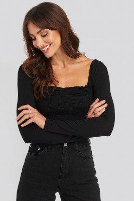 NA-KD NA-KD Long Sleeve Smocked Top - Black
