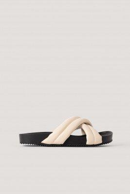 NA-KD Shoes Dikke Gekruiste Slippers - Offwhite
