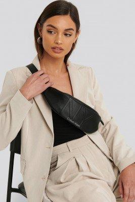 Calvin Klein Calvin Klein NY Shaped Waistbag Md - Black