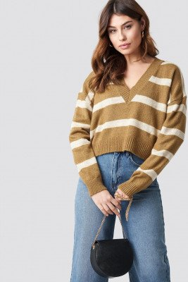NA-KD Trend NA-KD Trend Pinstriped V-neck Knitted Sweater - Beige