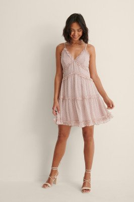 NA-KD NA-KD Gerecycleerd Mini-jurk Met Ruches En V-hals - Pink