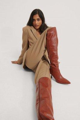 NA-KD Shoes NA-KD Shoes Strakke Hoge Laarzen Met Naad Aan De Voorkant - Brown