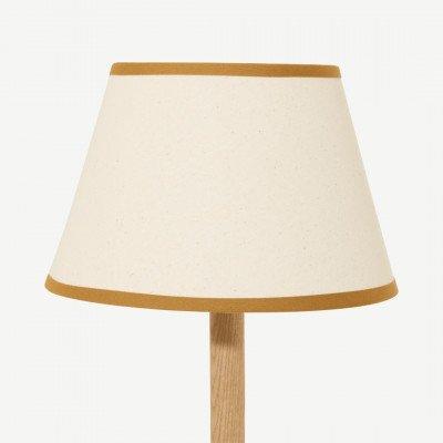 MADE.COM Larue tapstoelopende lampenkap, 25 cm, roomwit en donker okergeel