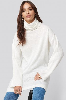Hannalicious x NA-KD Hannalicious x NA-KD Oversized Polo Knitted Long Sweater - White