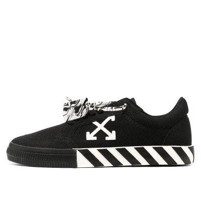Off-White Off-White Vulc Low Top Sneaker Black White (2021)