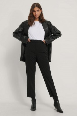 NA-KD Party NA-KD Party Pantalon Met Zijdetail - Black