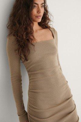 NA-KD Trend NA-KD Trend Gerecycleerd Mini-jurk Met Volantdetail - Beige