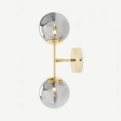 MADE.COM Globe wandlamp, messing en rookglas