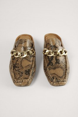 NA-KD Shoes NA-KD Shoes Instap Loafers Met Kettingdetail - Brown