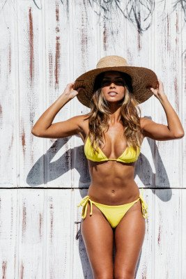 Vanilla Sand Vanilla Sand unisex vegan Bikini Set Effen Zonnig Geel Geel L Econyl