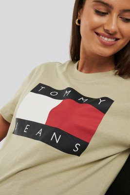 Tommy Jeans Tommy Flag Tee - Beige