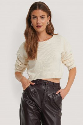 NA-KD Cropped Round Neck Knitted Sweater - White