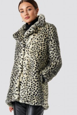 Rut&Circle Rut&Circle Dot Fur Coat - Beige