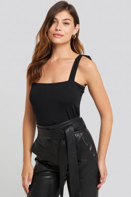 NA-KD Tie Strap Top - Black
