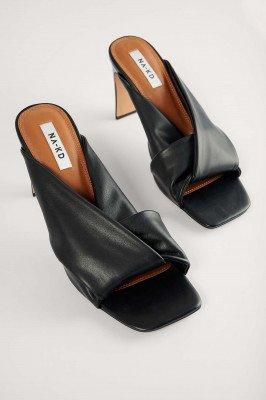 NA-KD Shoes NA-KD Shoes Sandalen Met Hak En Geknoopte Bandjes - Black