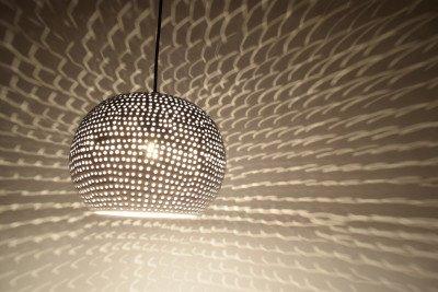 Urban Interiors Urban Interiors Hanglamp 'Spike bol' 27cm, kleur wit
