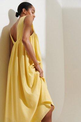 Curated Styles Curated Styles Gerecycleerd Jurk Met Lage Rug - Yellow