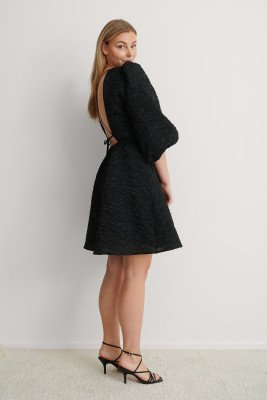 NA-KD Party NA-KD Party Jurk Met Open Rug - Black