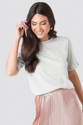 NA-KD Basic T-Shirt Met Hoge, Ronde Halslijn - Grey