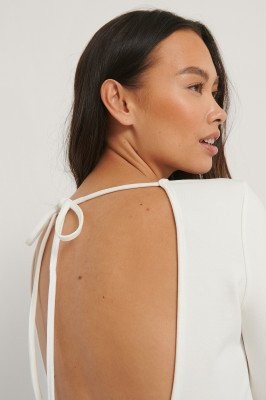 NA-KD Party NA-KD Party Top Met Open Rug - White