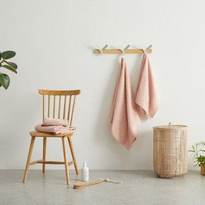 MADE.COM Kacee 100% katoenen set van 4 handdoeken, zachtroze