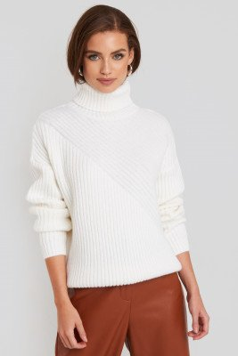 NA-KD NA-KD Roll Neck Asymmetric Rib Sweater - White